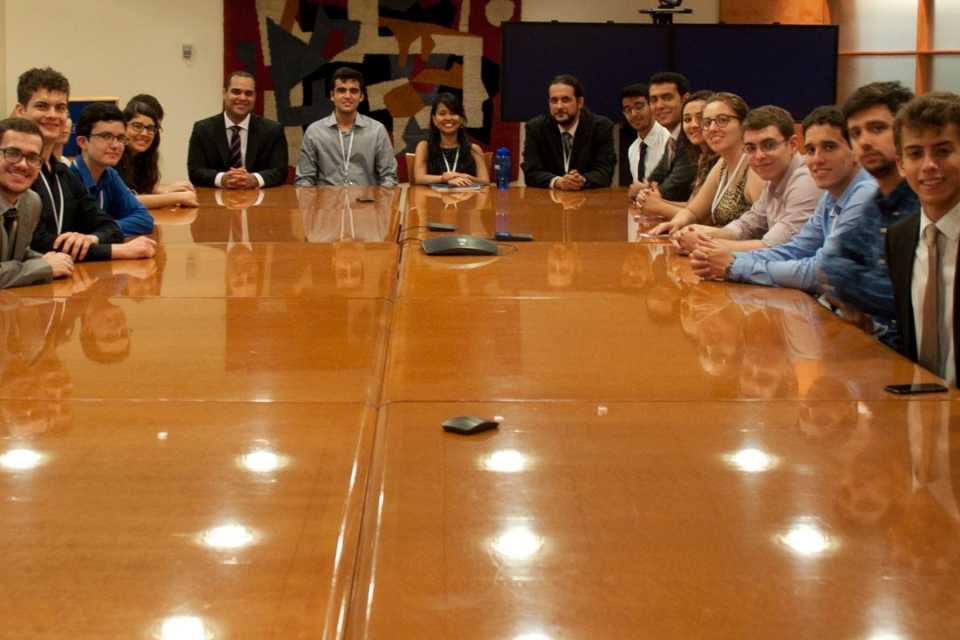 Brasilia Without Border students at a law firm