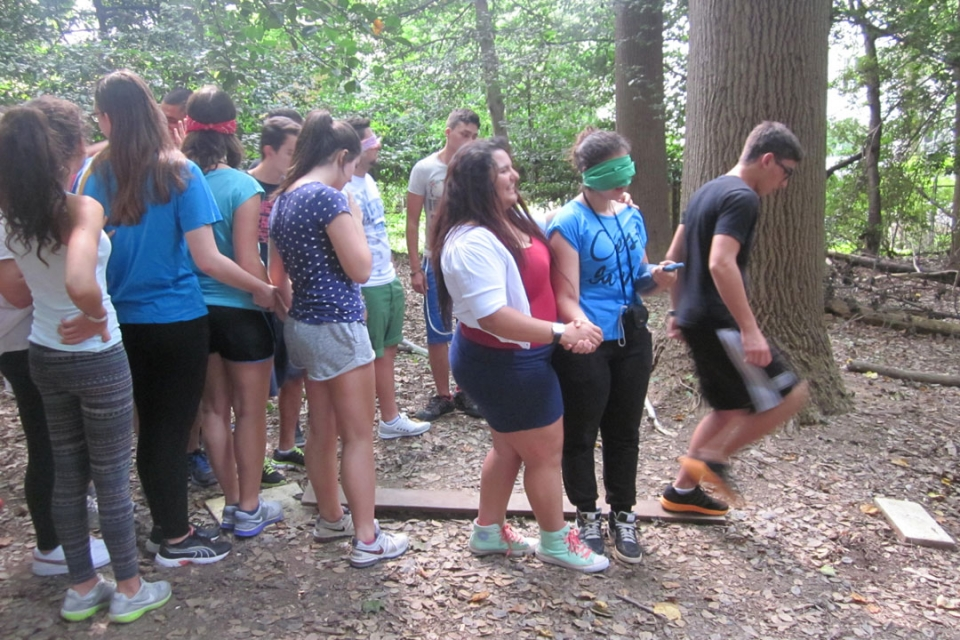 Cyprus students doing a ropes course