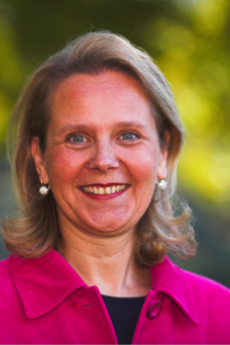 Headshot of Annette Mollet
