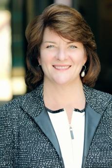 Headshot of Elizabeth Blackwood