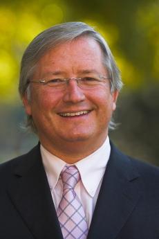 Headshot of Dr. Thomas Szucs
