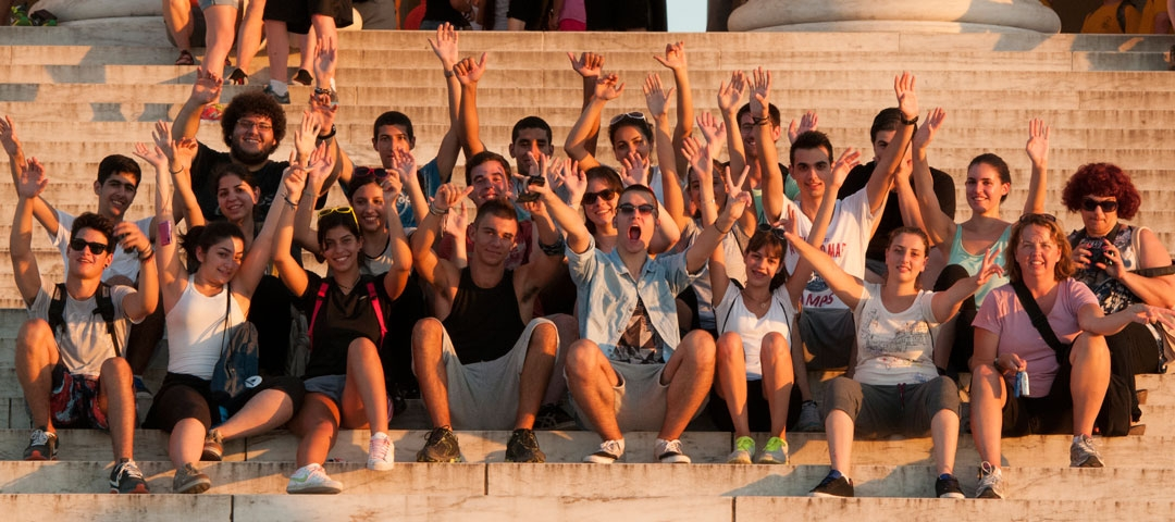 2014 Cyprus students in front of the Lincoln Memorial