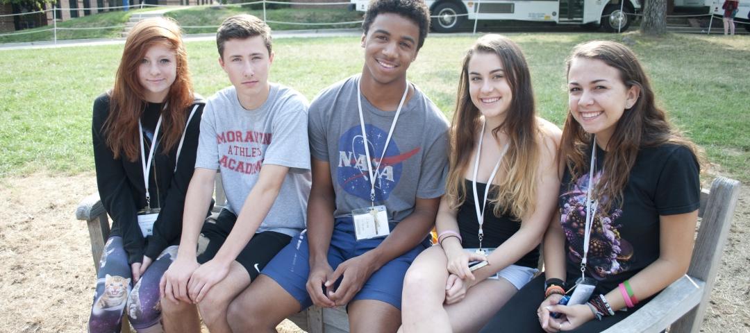 Pre-College students on the Mount Vernon Campus quad