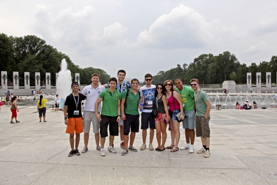 Brazilian students posing in front of the World War 2 Memorial